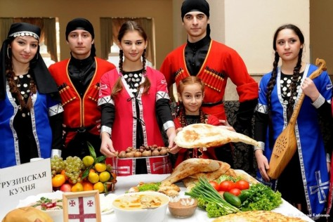 circassian-people-kabardino-traditional-costume-balkaria-karachay-cherkessia-north-caucasus-circassian-men-women-900x600